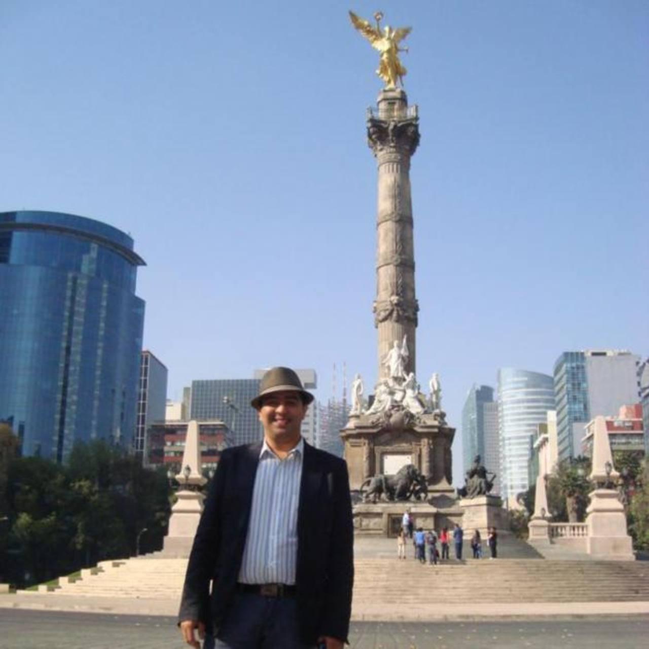Sarbelio Henríquez durante una visita a México D.F. El joven fue muy emprendedor y creativo.