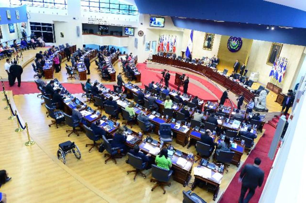 El pleno legislativo debe conocer hoy el veto del presidente Salvador Sánchez Cerén y definir su logra superarlo. Foto EDH / cortesía ASAMBLEA.