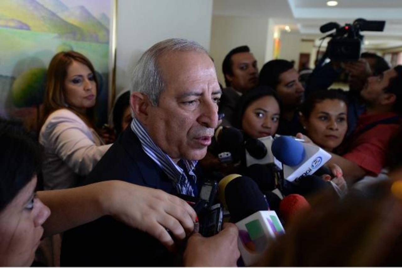 Los gastos en los viajes del presidente de la Asamblea, Sigfrido Reyes, así como del resto de diputados han sido cuestionados por la población. foto edh / archivo