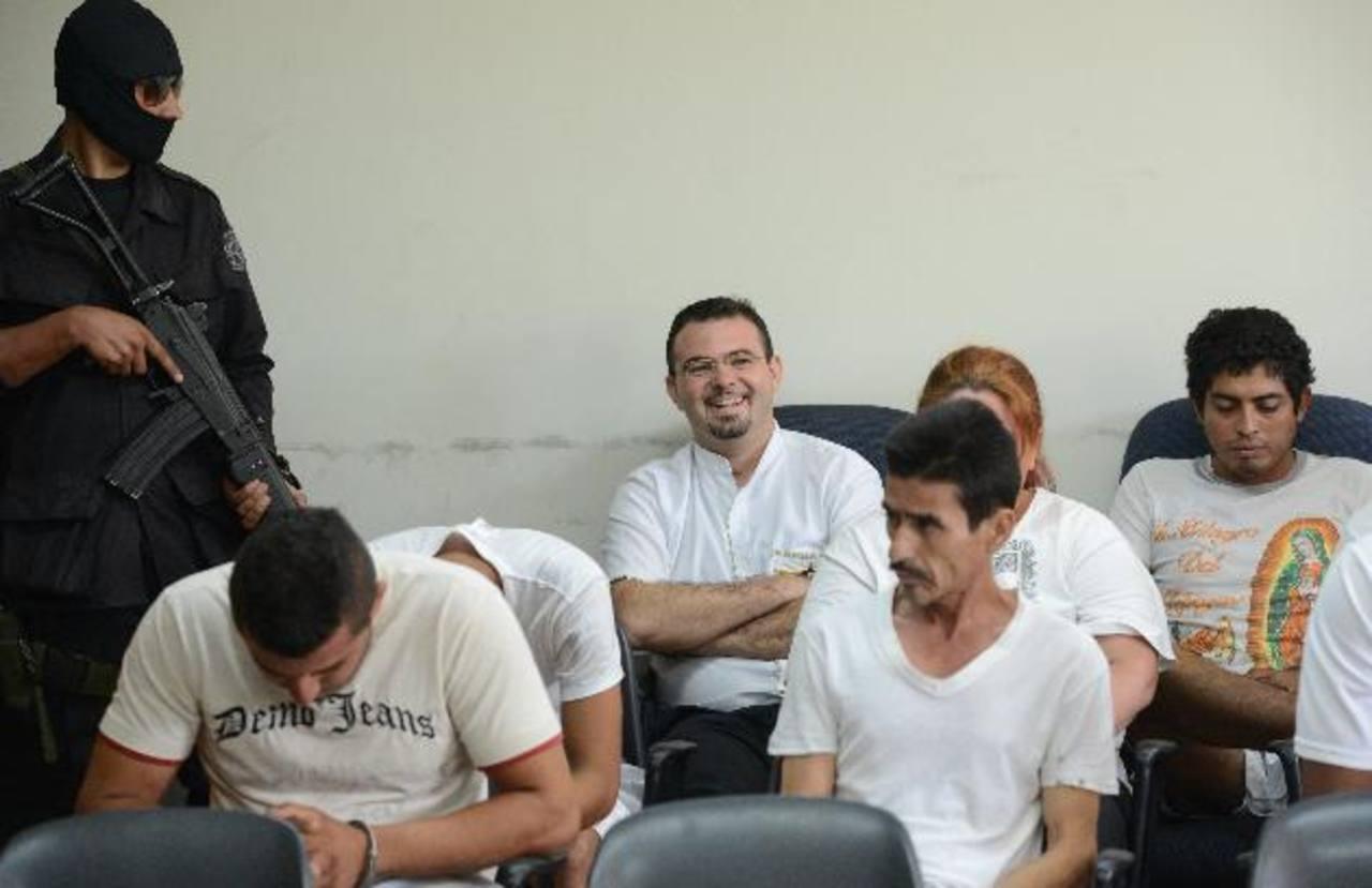 El sacerdote español Antonio Rodríguez deberá permanecer en prisión por los delitos de introducción de ilícitos a penales y agrupaciones ilícitas. Foto EDH/Douglas Urquilla