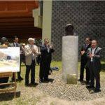 Mop presentó monumento en honor a Yuri Gagarin