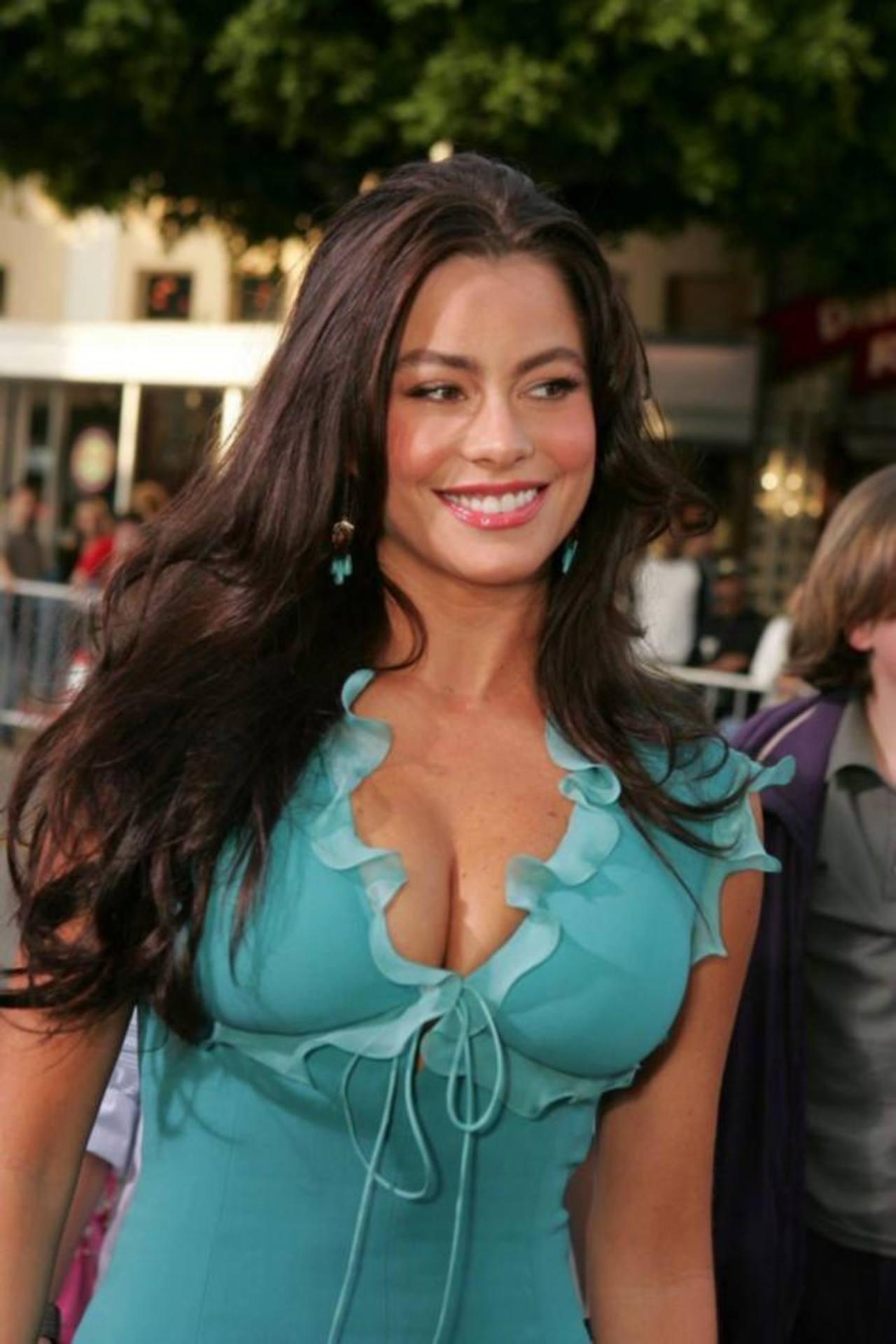 Sofía Vergara deja la vida nocturna a petición de su novio