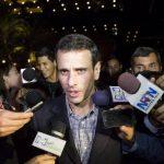 """El líder opositor venezolano arremetió fuertemente contra lo que llamó """"tarjeta de racionamiento electrónico"""". foto reuters"""