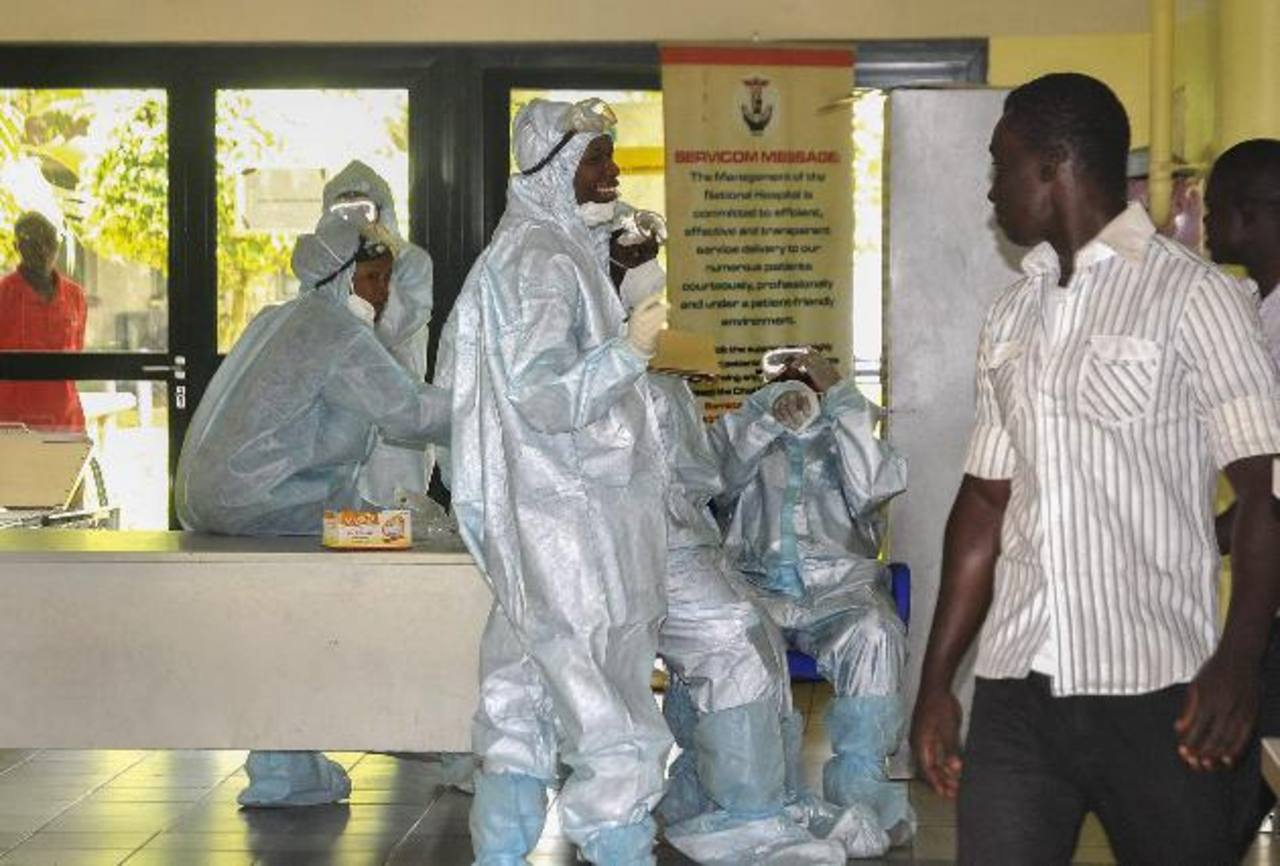 EE.UU. envía medio centenar de expertos a región afectada por ébola