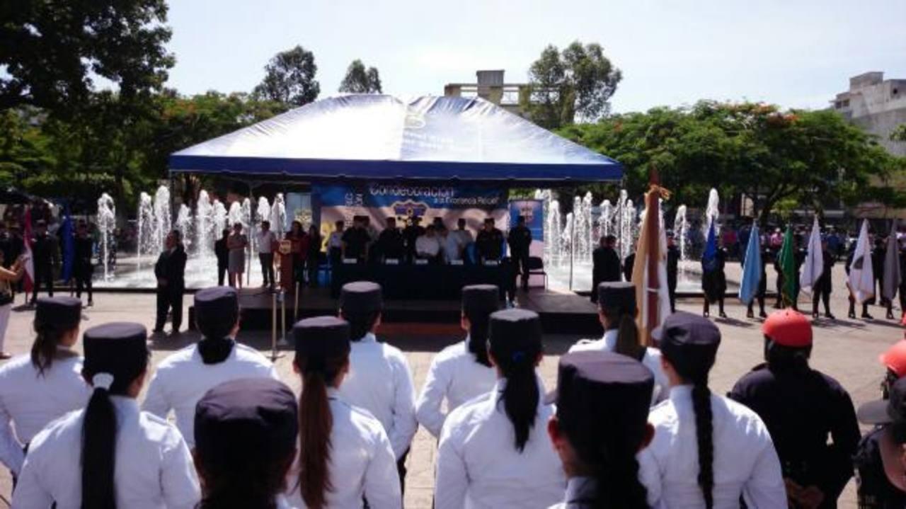 PNC reconoce labor de elementos destacados de la institución