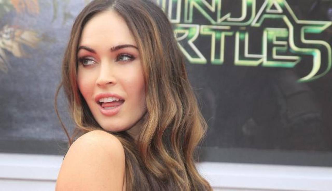 Fotos: Con vestido sexy Megan Fox silencia críticas
