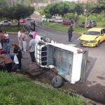 Accidente registrado hoy en calle Circunvalación, Mejicanos.