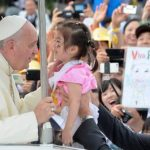 Papa llama a las naciones de Asia a no temer a los cristianos