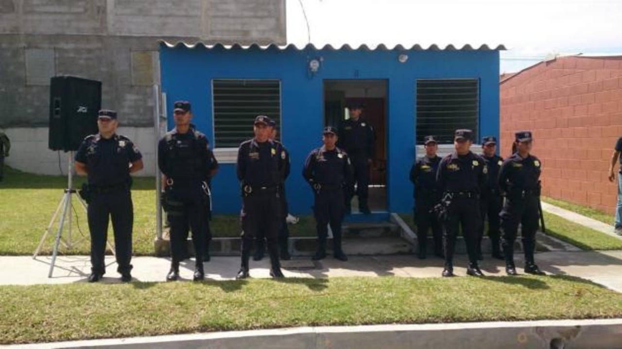 En San Martín instalaron un puesto comunitario. Foto EDH