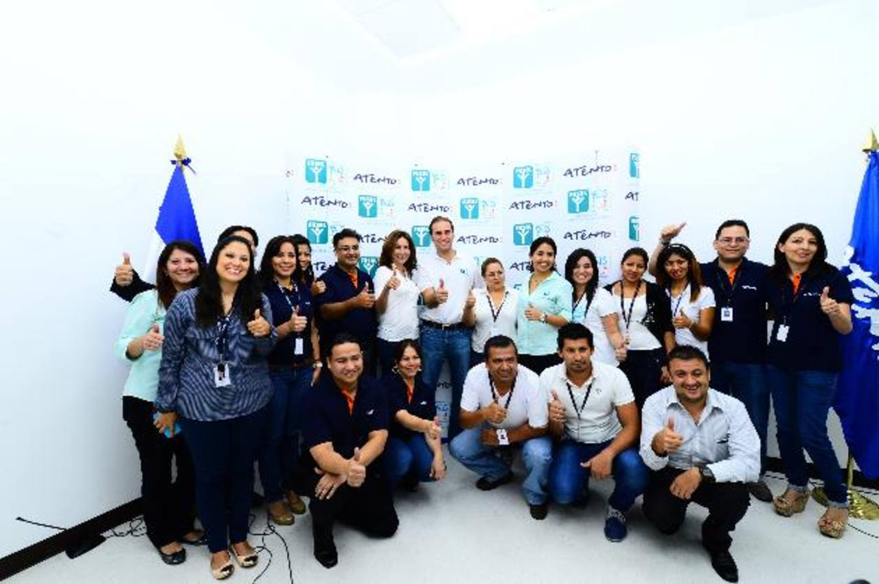 Colaboradores de Atento y Fusal unirán esfuerzos para apoyar a muchos jóvenes. Foto edh /