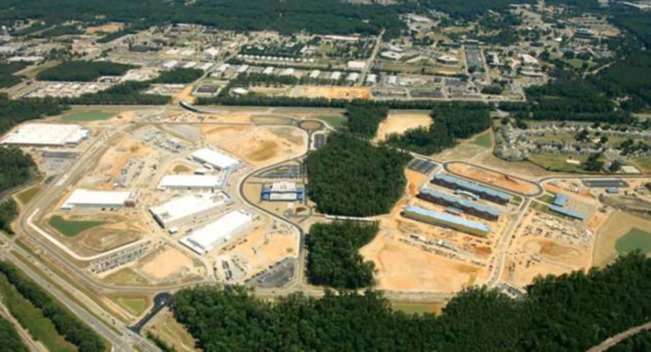 Levantan la alerta en base militar de Virginia por ataque armado