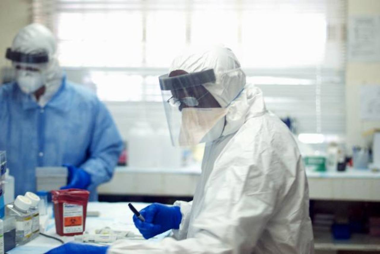 La Organización Mundial de la Salud pretende parar la transmisión en un periodo de entre seis y nueve meses.