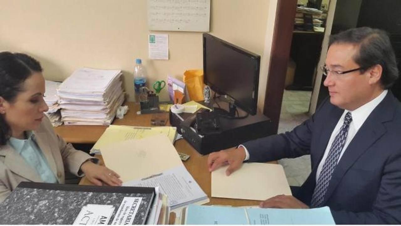 El Fiscal General, Luis Martínez, se presentó la semana anterior a pedir el desafuero de tres jueces acusados de corrupción.