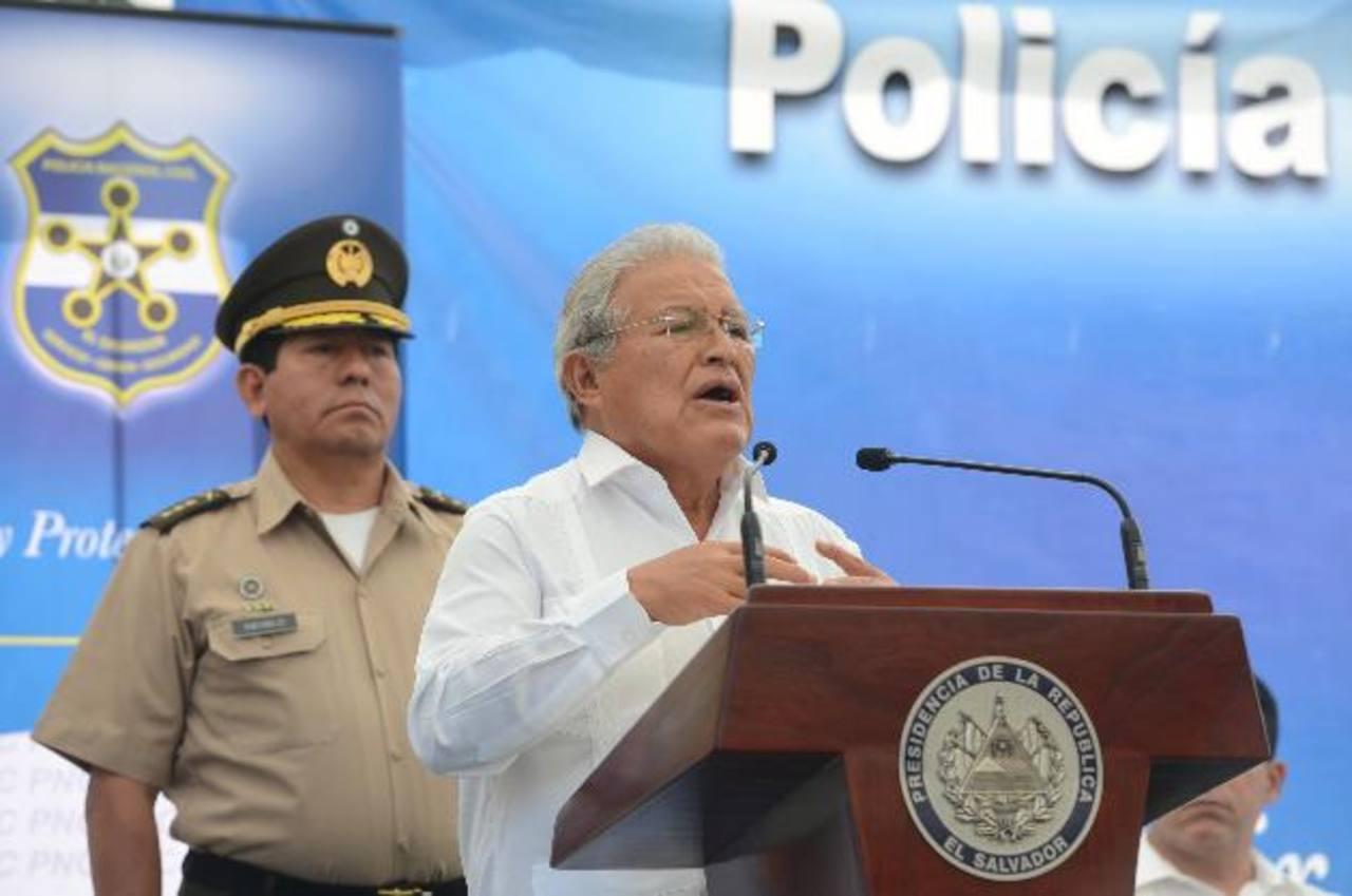 Sánchez Cerén defendió su política de diálogo y desmintió que se encuentre fragmentada. Foto EDH / MAURICIO CÁCERES