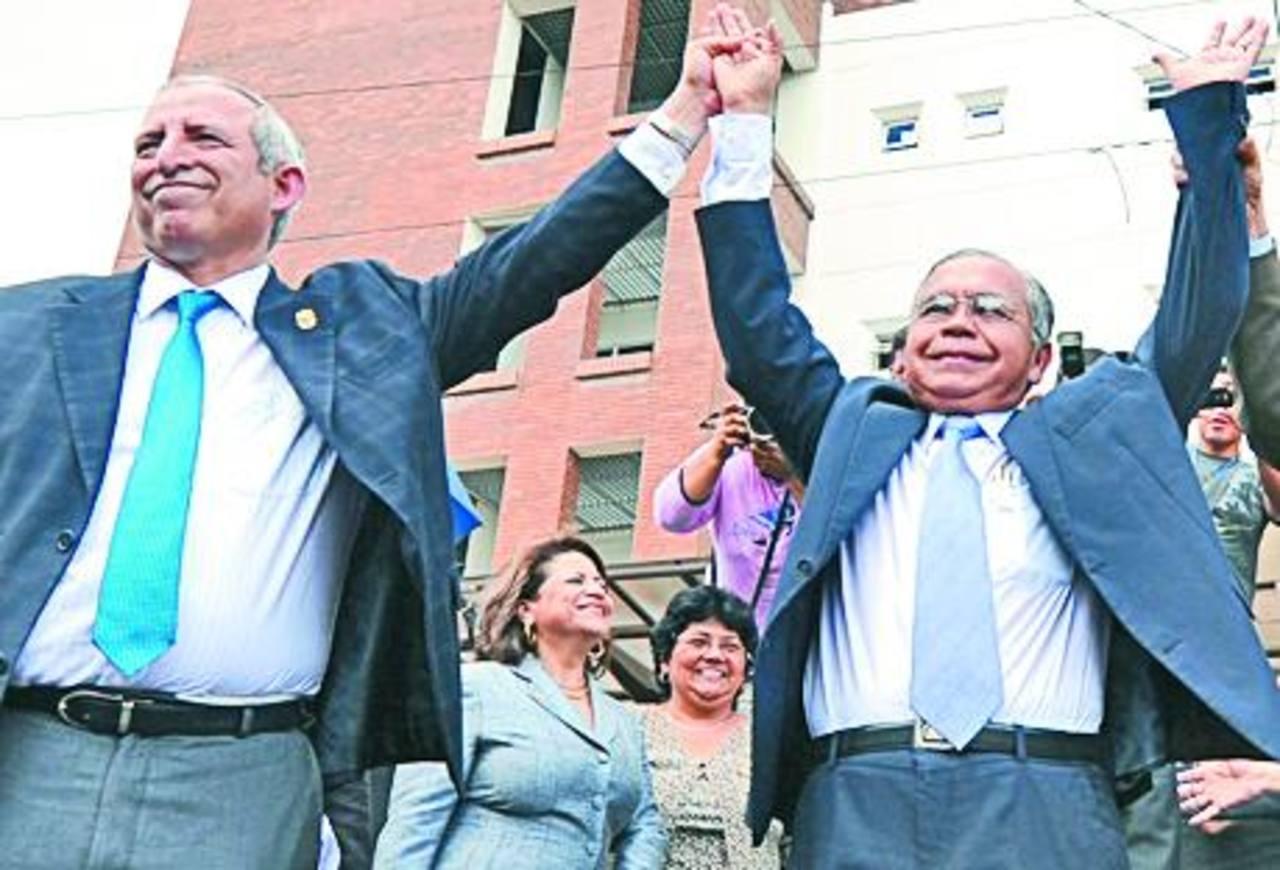 En 2012, impulsó sin éxito a Ovidio Bonilla como presidente de la Corte Suprema.