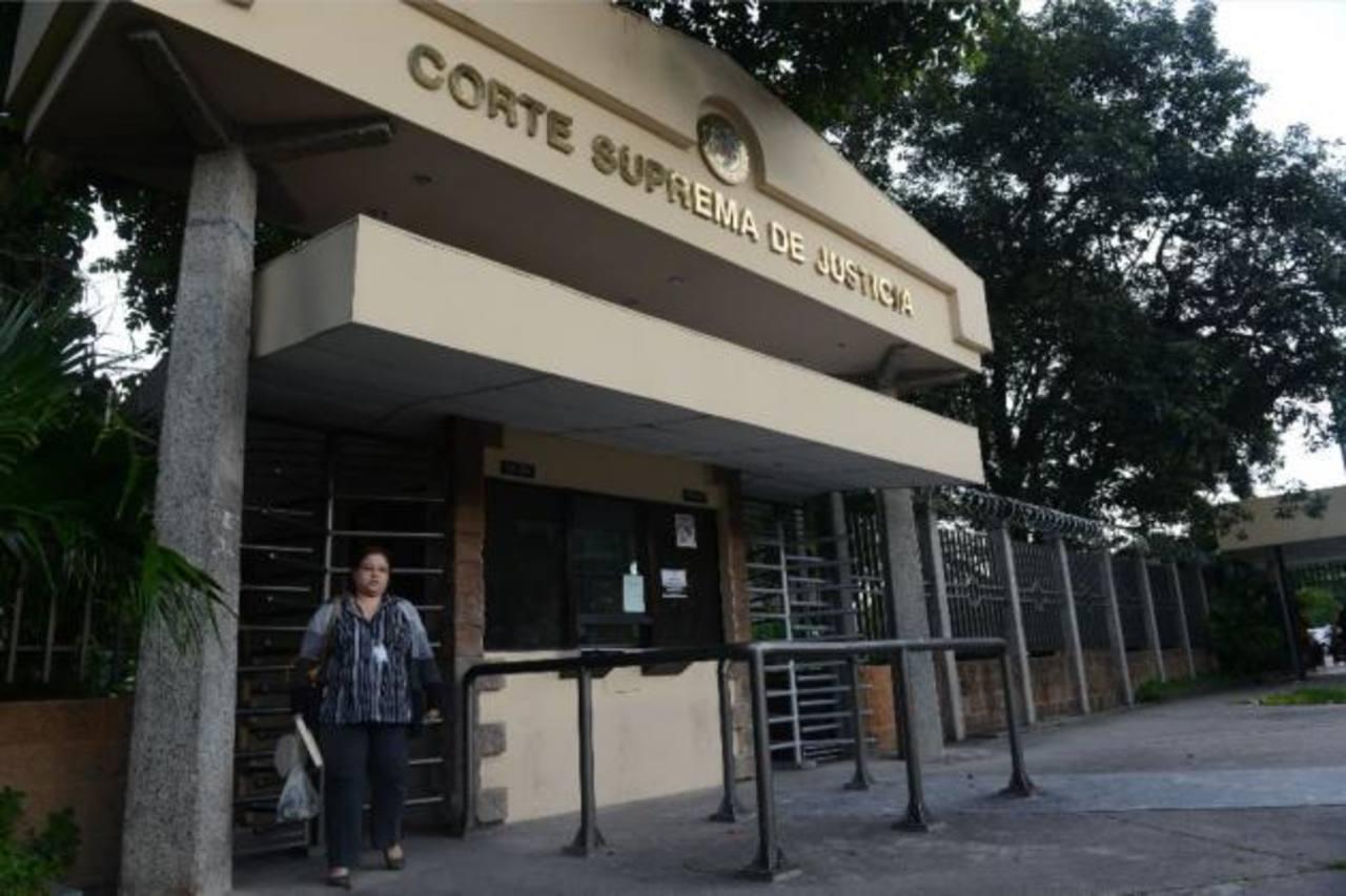 Sindicalista pide a CSJ que mande a Gobierno no seguir manoseando ahorros de trabajadores