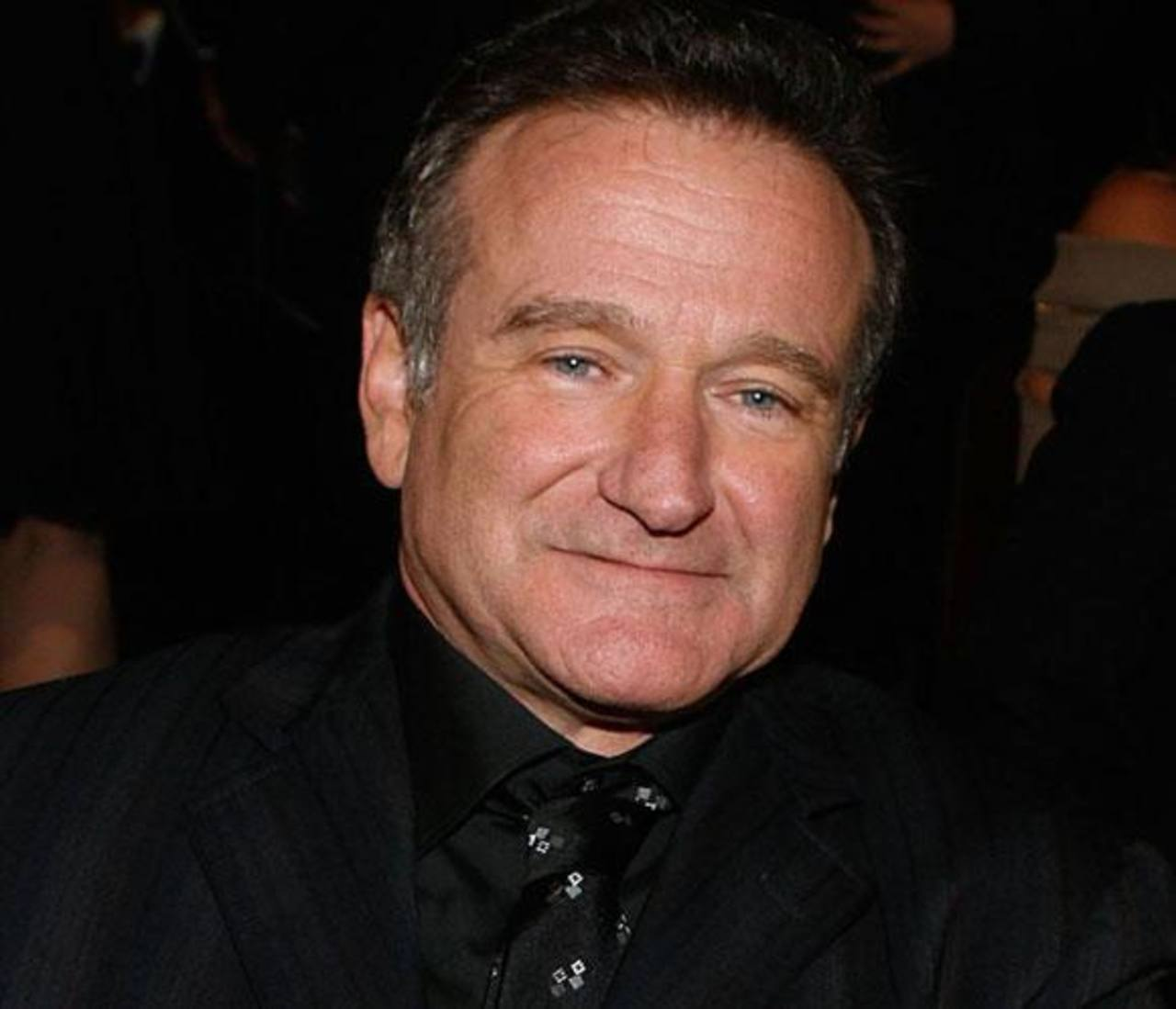 Robin Williams se ahorcó con un cinturón