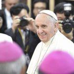 Papa Francisco brinda un mensaje de paz en la conflictiva península coreana