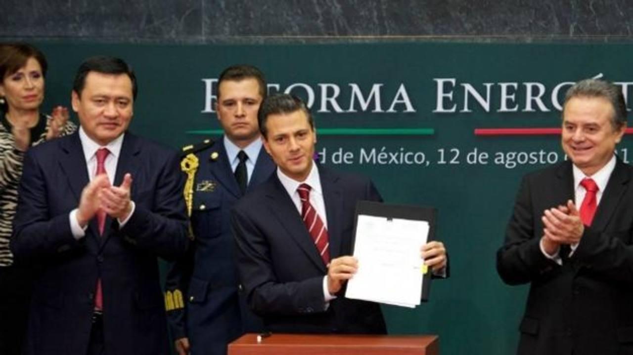 La entrada del sector privado al sector energético logrará mayor competitividad. La reforma ha sido impulsada por el presidente Enrique Peña Nieto. foto edh