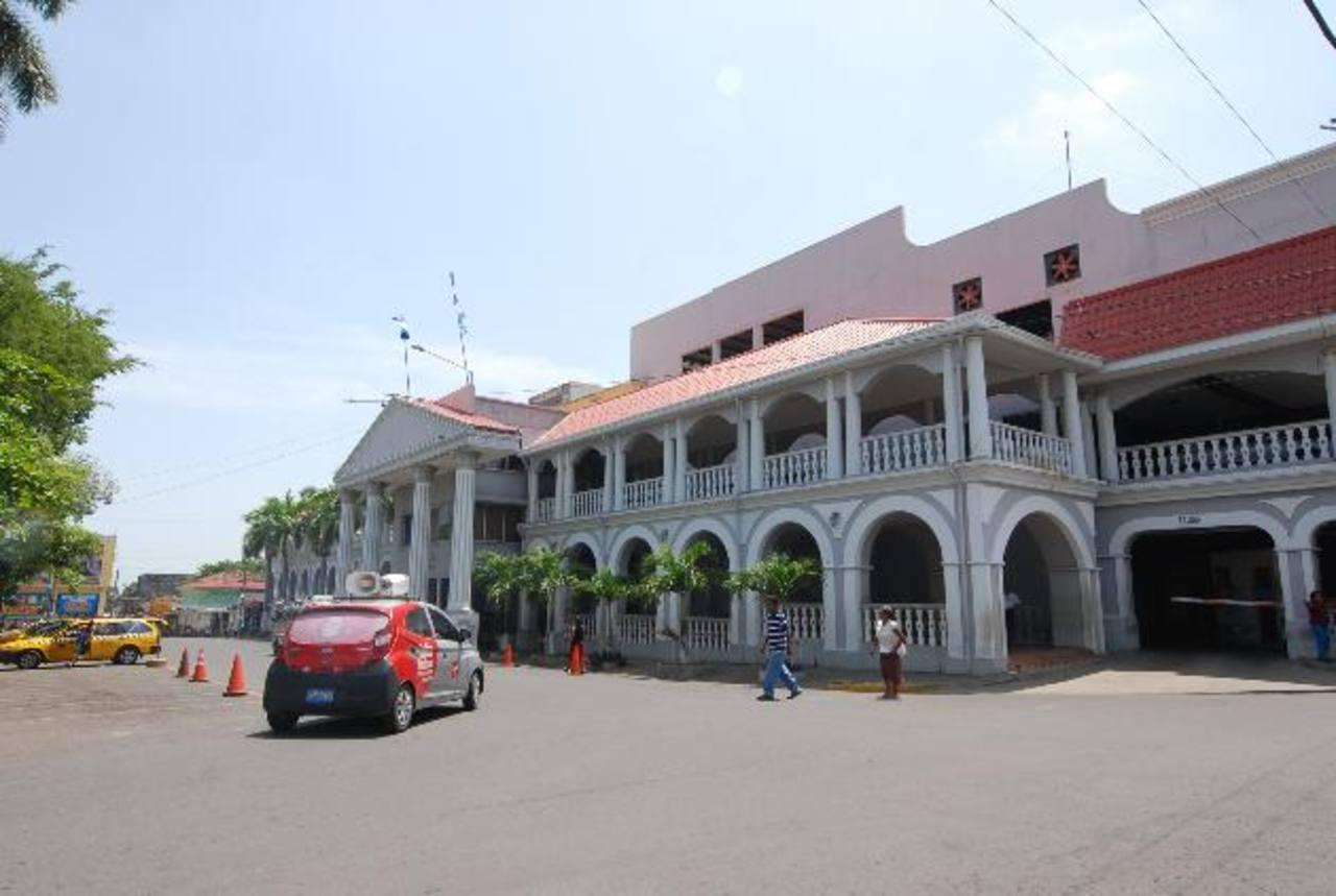 El evento será realizado frente al Palacio Municipal, sobre la avenida Claudia Lars. Foto EDH / Cristian Díaz