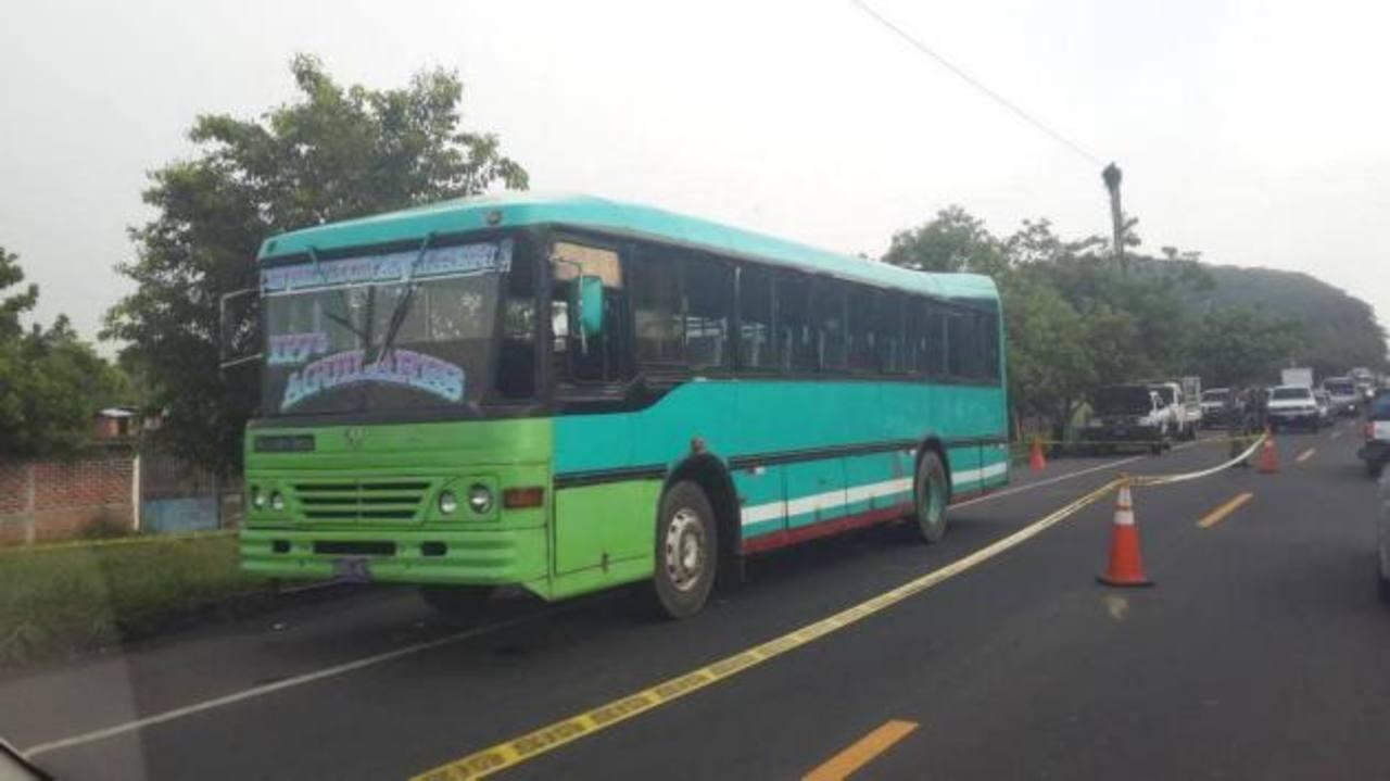 En este bus se perpetró el asesinato del cabo policial.