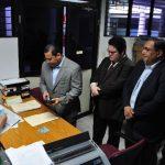 Los abogados de la diputada desaforada, Ana Vilma de Escobar, acudieron ayer a la Cámara Primero de lo Penal para solicitar que se archive el proceso penal. FOTO EDH