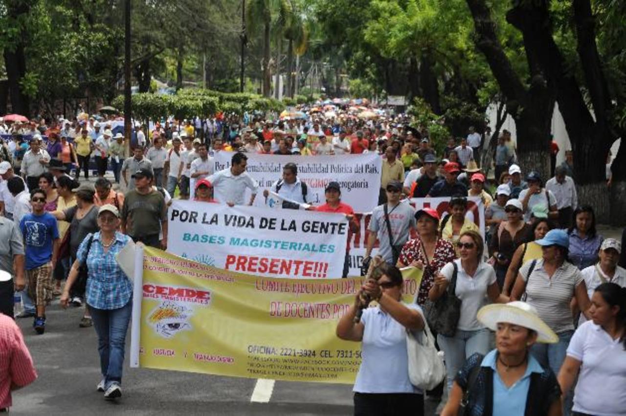 Simeduco hará el viernes 22 de agosto un cierre de calles, y la Intergremial de Trabajadores por la Educación prepara una marcha para el viernes 29 de agosto.