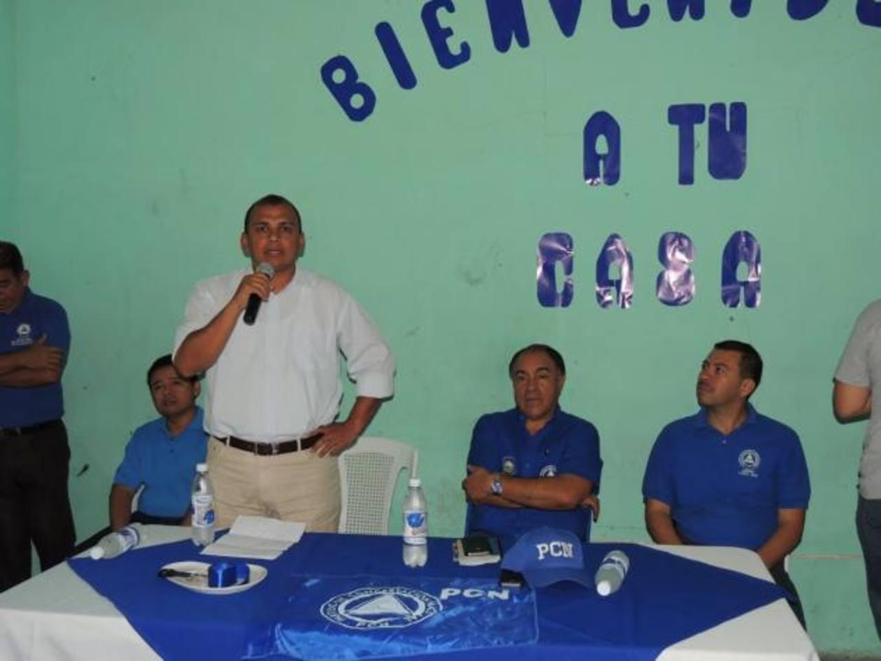 Franklyn Ruiz correrá por la comuna de Chalchuapa con el PCN. foto edh / cortesía.