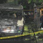 El ataque armado contra el microbús de la 32 donde murieron una niña y el cobrador ocurrió el mismo día en que fue quemada otra unidad de esa ruta, siempre en Mejicanos.
