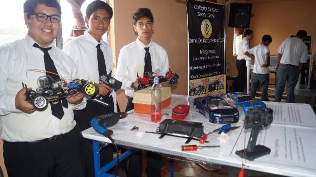 250 proyectos serán exhibidos durante la jornada científica, cultural y deportiva del colegio Santa Cecilia.