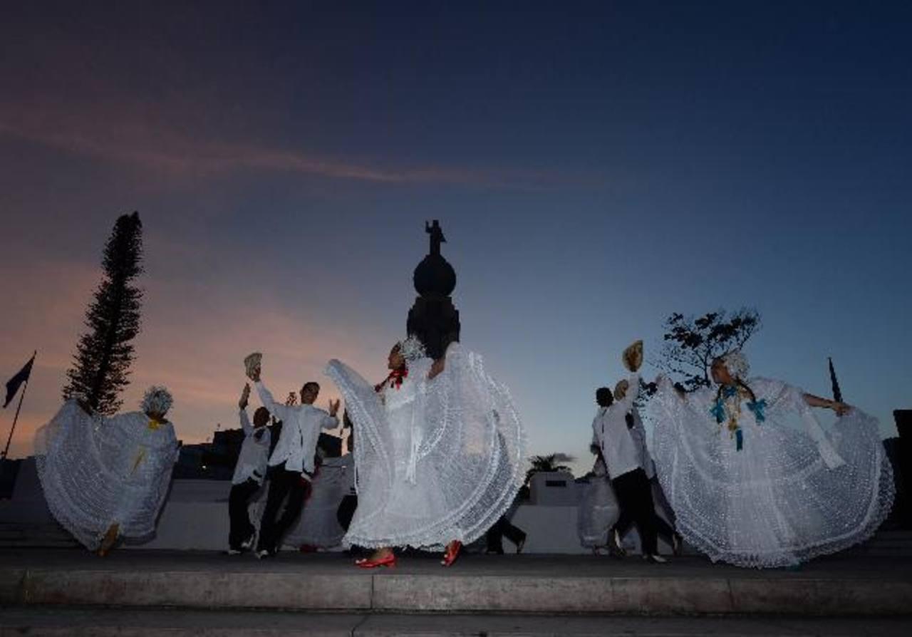 Espectacular cierre de fiestas en San Salvador