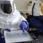 Muere por ébola médico liberiano tratado con suero experimental