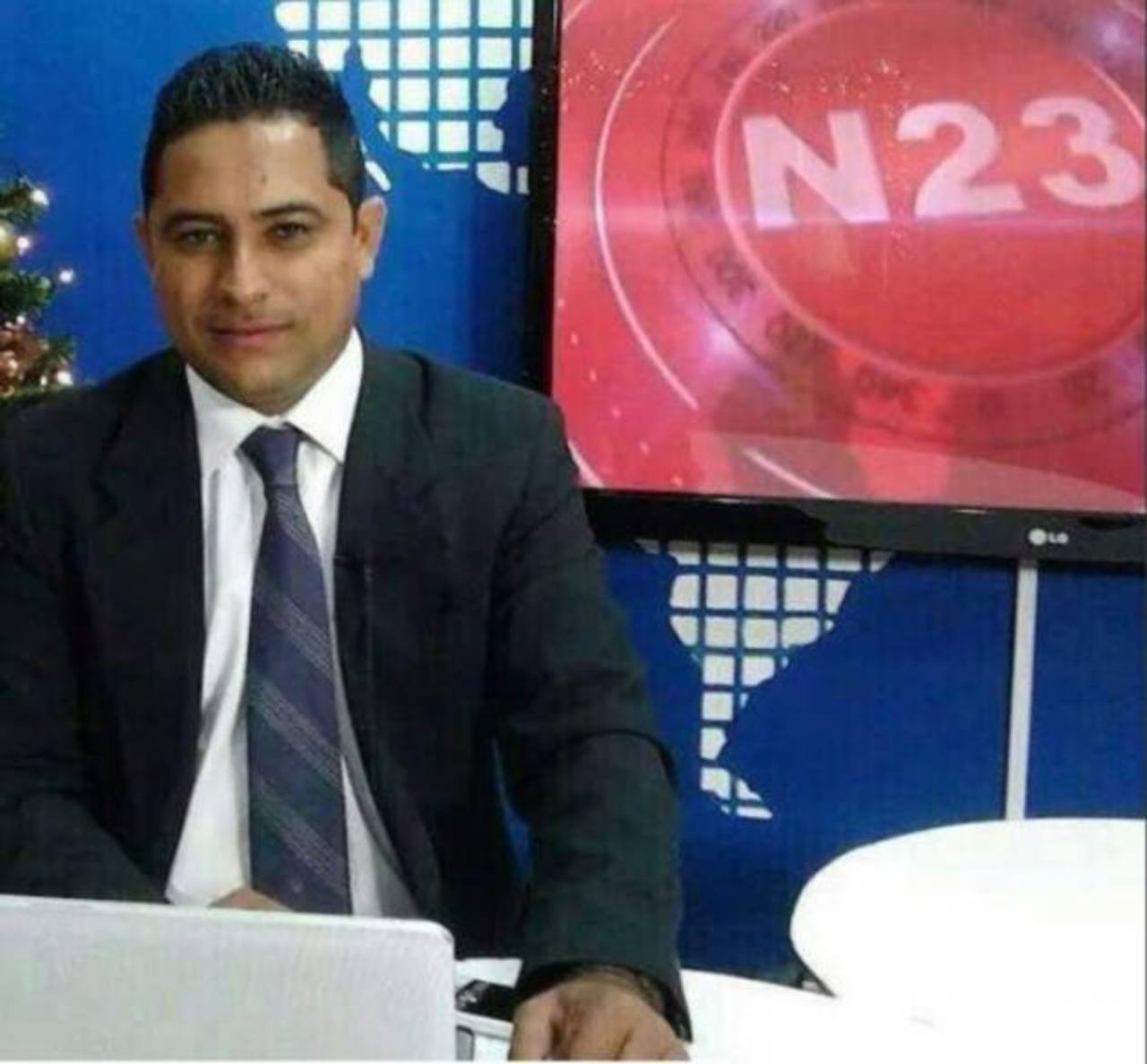 El periodista hondureño, Nery Soto, dirigía un programa de un canal local en el departamento de Yoro. edh / Tomada de El heraldo.