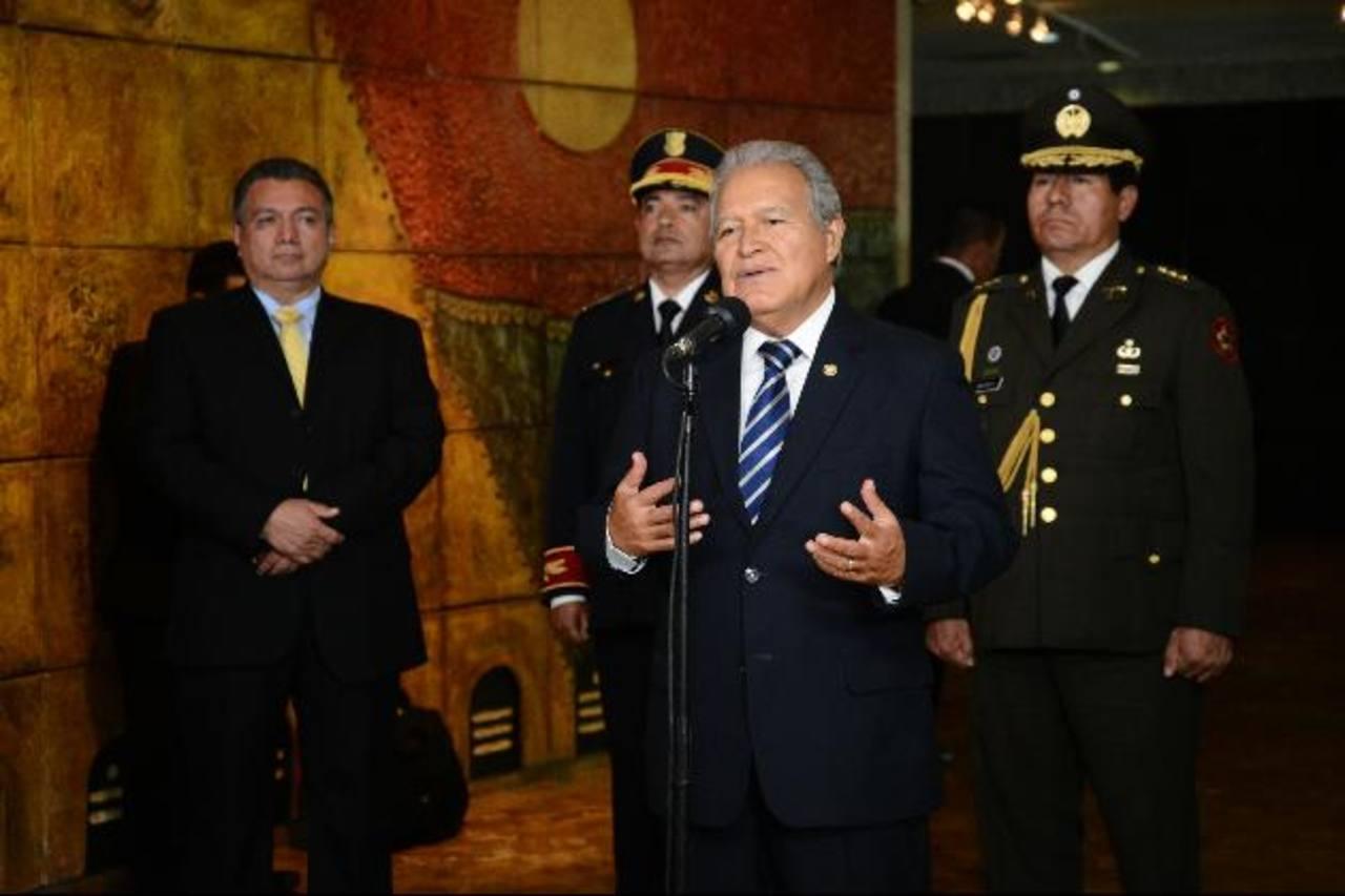 El Presidente Salvador Sánchez Cerén respaldó la posición del Superintendente Ricardo Perdomo. FOTO EDH /CÉSAR AVILÉS