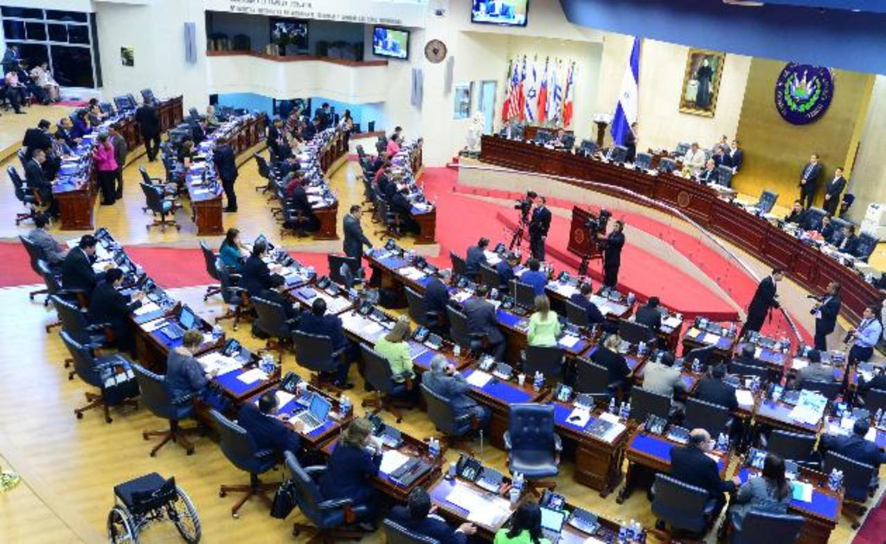 La Sala de lo Constitucional mandó a los partidos políticos a revelar las fuentes de su financiamiento partidario y democratizar la elección de candidatos a cargos públicos. foto edh / archivo