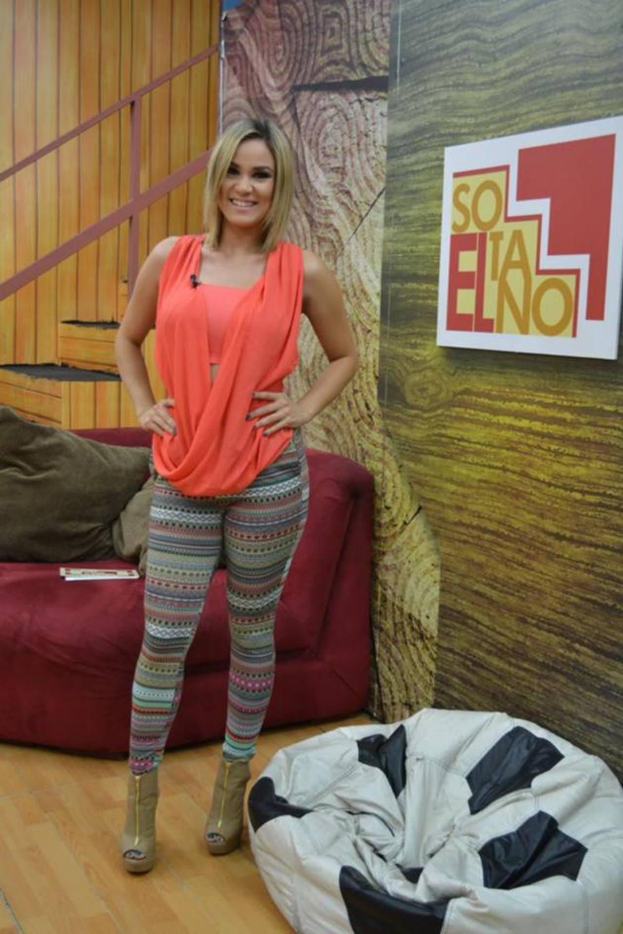 "Ligia Roca, presentadora del programa ""El Sótano"". Foto EDH / Facebook del programa ""El Sótano""."