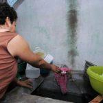 La falta de agua potable en las comunidades se ha prolongado por varios meses según los afectados. foto edh / archivo