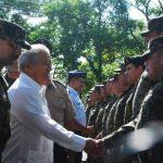 El presidente visitó ayer la Tercera Brigada en San Miguel y conoció varias deficiencias de la milicia. foto edh / cARLOS SEGOVIA
