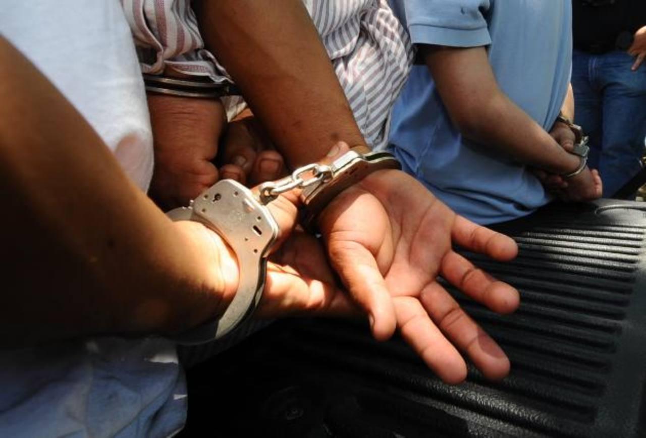 Roberto de 17 años, pasará los próximos 12 en un centro penal juvenil por el delito de homicidio. Foto EDH