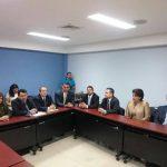 Los representantes de los partidos políticos se reunieron hoy con personeros del TSE.