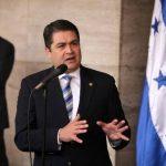 """Juan Orlando Hernández, presidente de Honduras ha dicho que si si el acuerdo con el FMI implica """"sacrificios que el pueblo hondureño no puede seguir sufriendo"""" el país no suscribirá ese programa."""