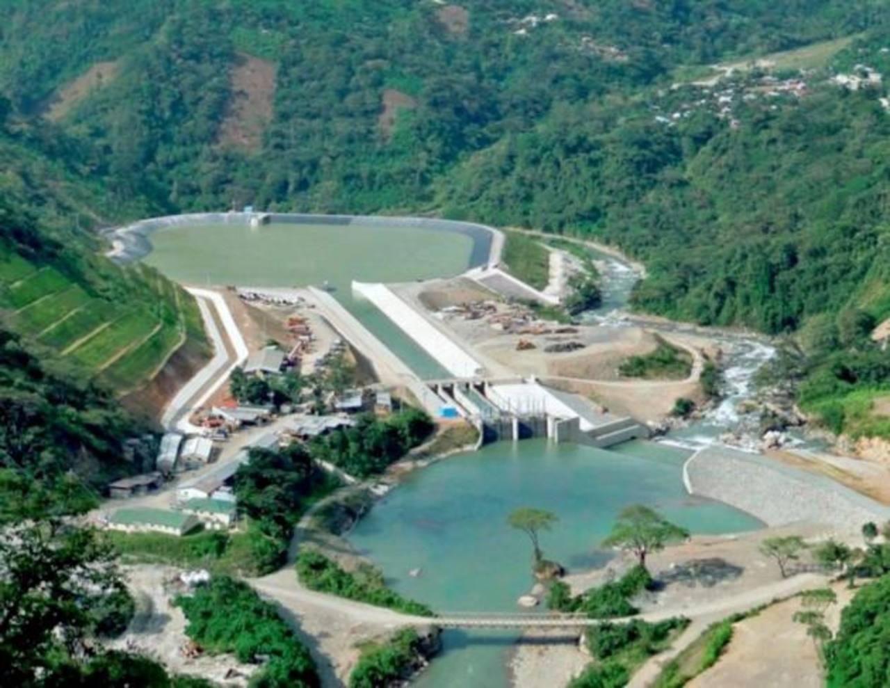El Ministerio de Energía y Minas de Guatemala sostiene que la generación hidroeléctrica en el país pasará de representar el 38.1% este año al 41.3% en mayo de 2017, según informó el diario Prensa Libre.