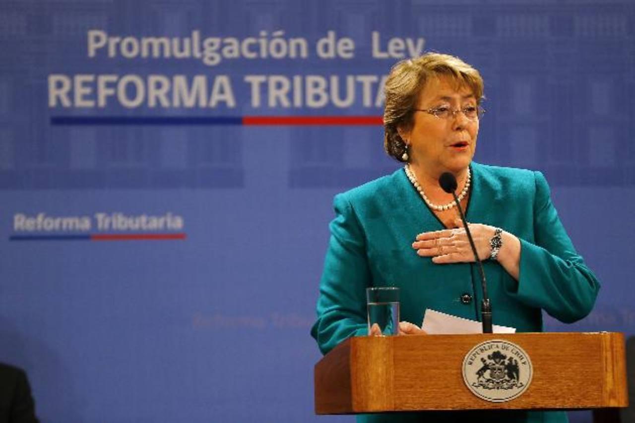 Michelle Bachelet, quien cumplió seis meses en el Gobierno, se ha enfrentado una creciente desaceleración de la economía que se ha profundizado más de lo esperado en los últimos meses.