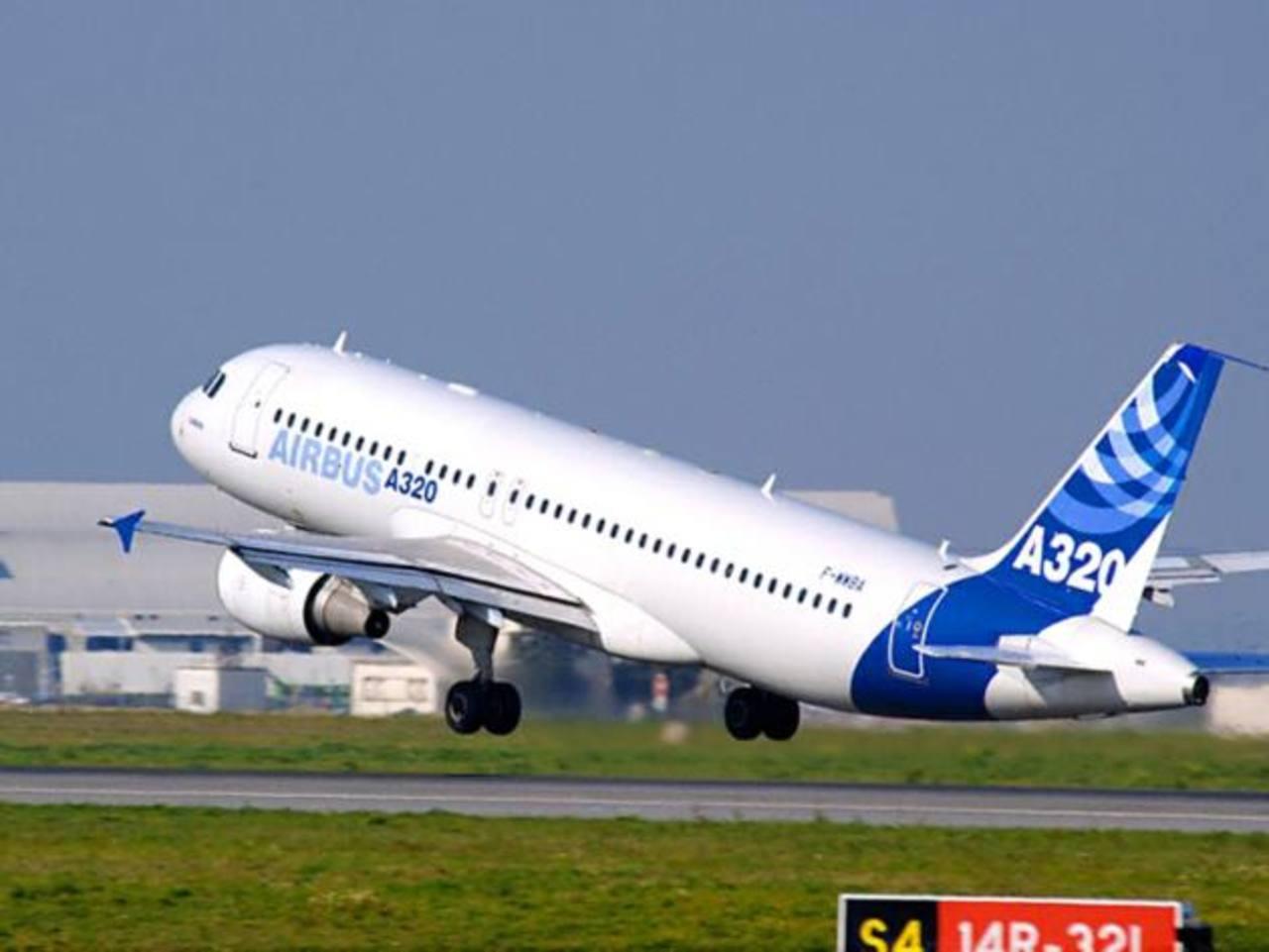 Imagen de un Airbus A-320 de la aerolínea mexicana de bajo coste Volaris.