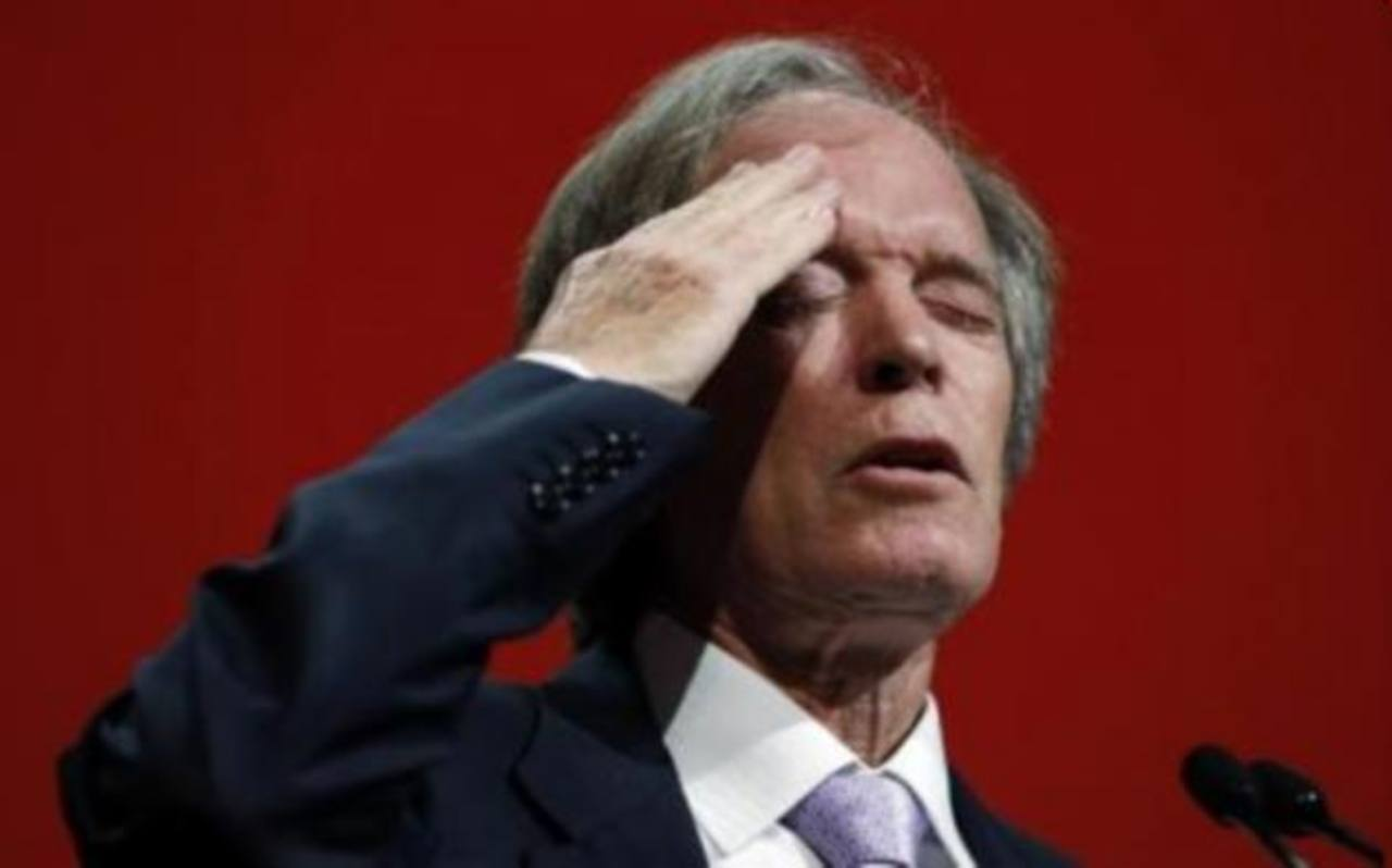 """Bill Gross, el inversor que deja a PIMCO es conocido en Wall Street como el """"Rey de los bonos""""; es famoso por su habilidad para invertir y por las peculiares cartas que envía a los inversionistas."""