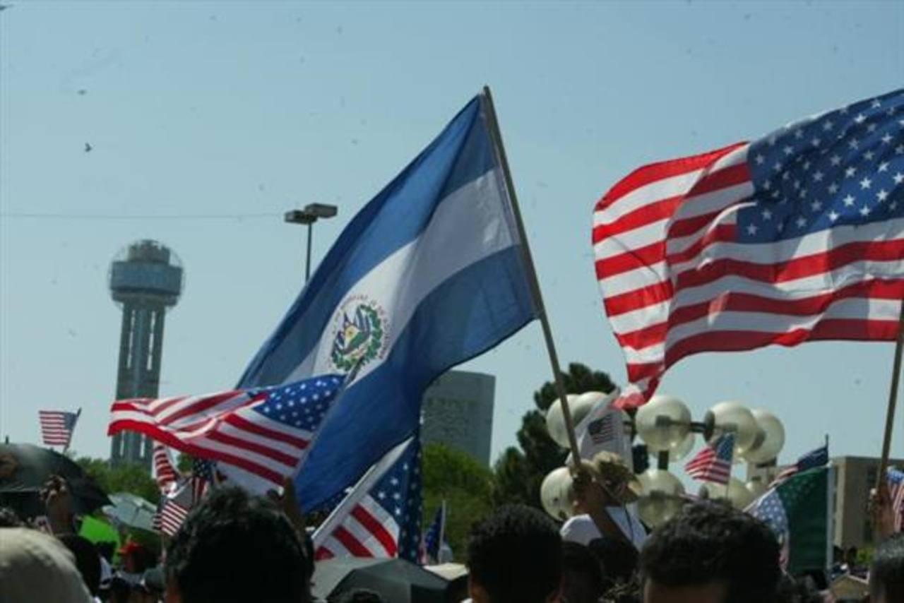 El Salvador lamenta retraso de reforma migratoria