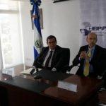 CEPA y Aeroman firmaron acuerdo que permitirá expansión de operaciones del aeropuerto.