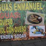 Las riguas Enmanuel gozan de popularidad entre los estudiantes y transeúntes de la Universidad de El Salvador y los alrededores del Parque Infantil. foto edh /cortesía