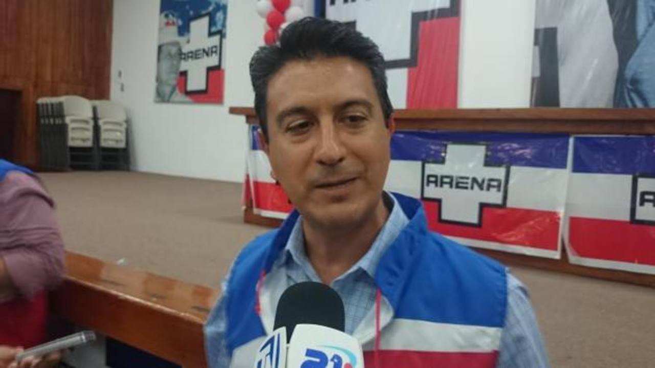 Héctor Pleitéz Mazzini es el candidato a edil de ARENA para Soyapango. foto edh / EUGENIA VELáSQUEZ