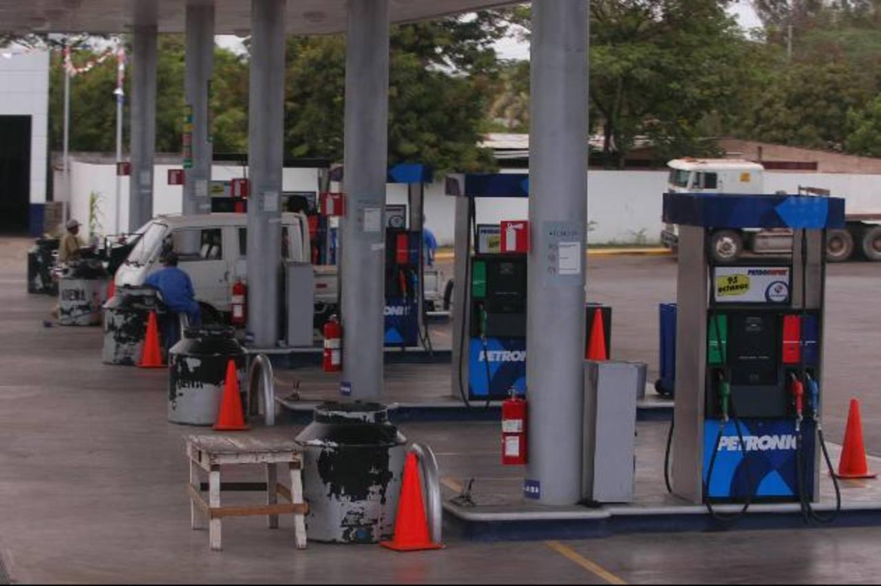 Una estación de combustibles de la estatal Petronic, entidad con la que Nicaragua participará en los negocios. edh/archivo